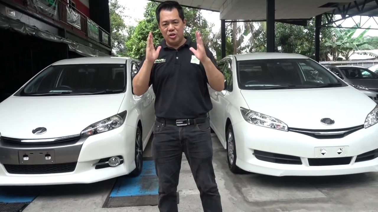 Toyota Wish S Spec 1 8 Vs Toyota Wish X 1 8 Youtube