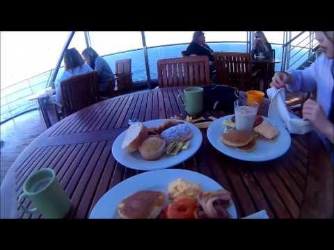 Cruise from Sydney to Moreton Island