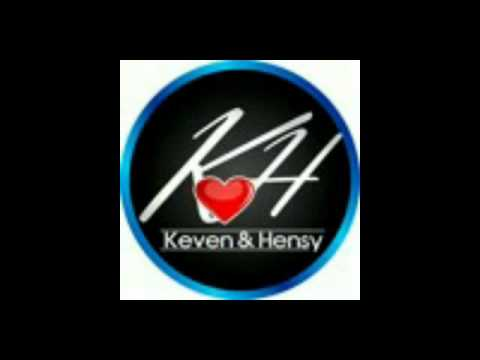 Keven y hensy a color