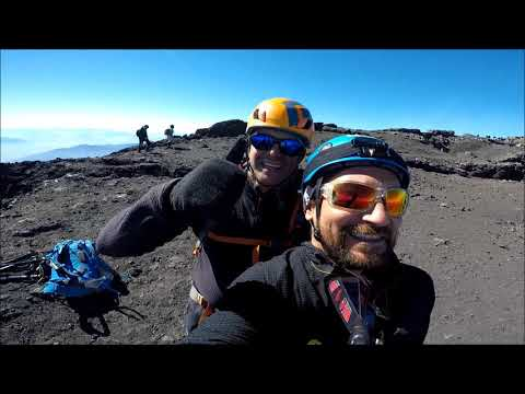 ASCENSO AL VOLCAN VILLARRICA 2018 by robert carter
