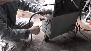 #42  Компрессор , Полуавтомат,пескоструй. Своими руками(Видео для конкурса канала. Доработка компрессора,сварочный полуавтомат своими руками и пескоструйный..., 2015-12-01T12:45:04.000Z)