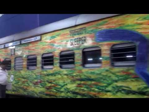 22202 DN PURI SDAH DURONTO GETTING SHUNTED IN PURI RAILWAY STATION