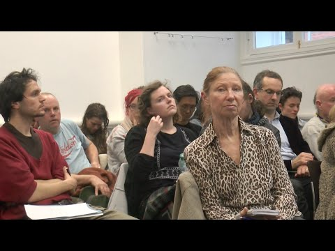 W6 Sustaining independent media   organising and financial models