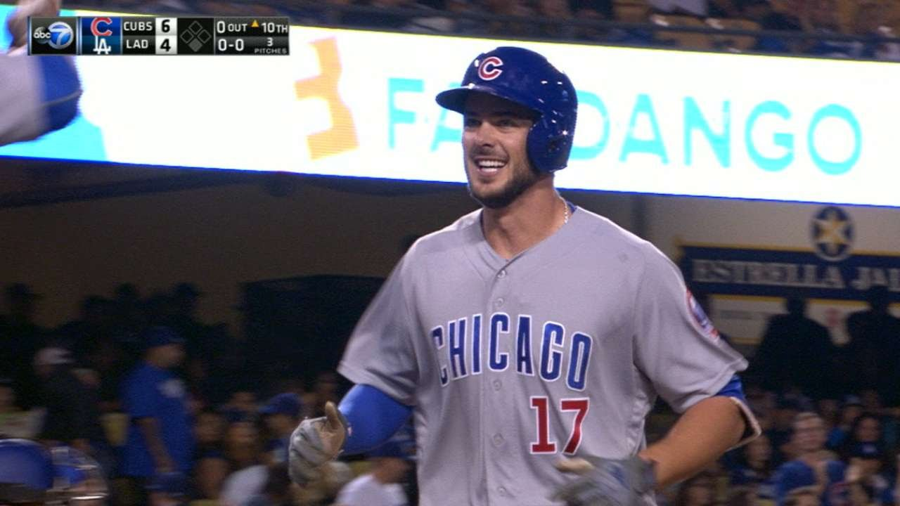 MLB: Kris Bryant homers twice, lifts Cubs past Brewers