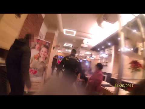 Rvačka ve fastfoodu v Praze na Národní