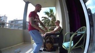 Греция Афины и Rihanna / смотрим в FullHD(song: Rihanna - Man Down Просто спонтанное видео, сидя на балконе в замечательный солнечный день, я слушал музыка..., 2016-04-27T09:34:23.000Z)