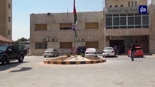 مجهولون يطلقون النار على بلدية الرصيفة عقب انتخابات اللامركزية - (21-8-2017)
