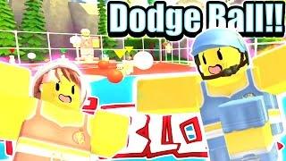 Roblox Dodge Ball - Questo è diventato uno dei miei preferiti !! - SPETTACOLI DI BAMBOLAST!