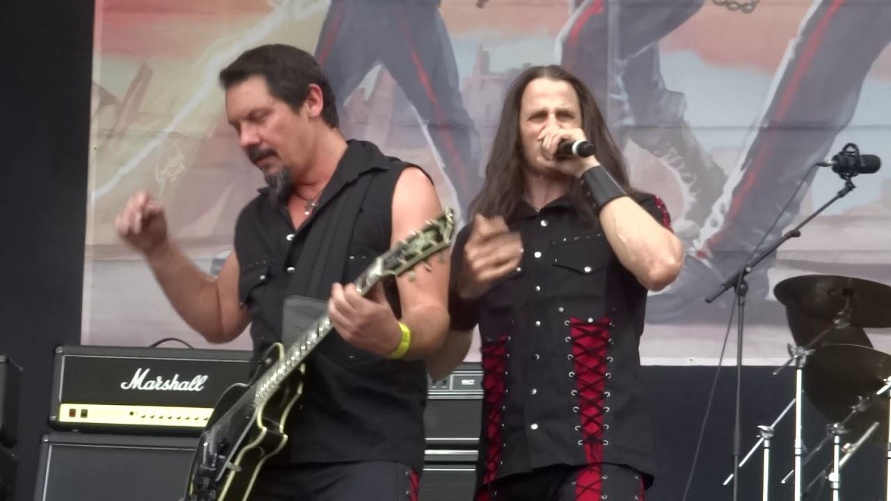 Download RIOT V - Flight of the Warrior (Leyendas del Rock 2018)