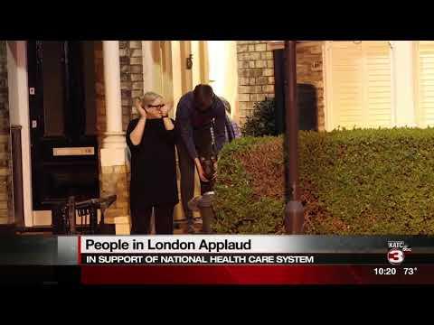 U.K. citizens applaud in show of gratitude
