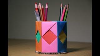 מעמד עפרונות מנייר
