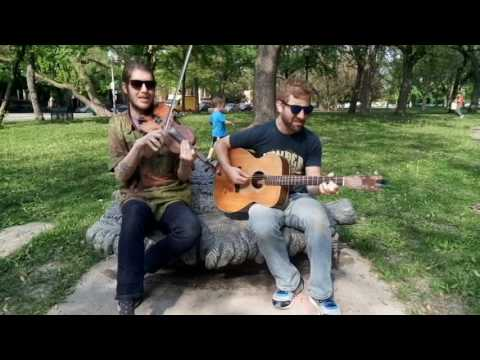 Honkey Tonk Women - Kyle and Aaron Promote Bluegrass and Trivia