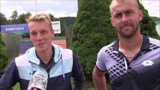 Libor Salaba a Roman Jebavý po čtvrtfinále deblu na turnaji Futures v Ústí n. O.