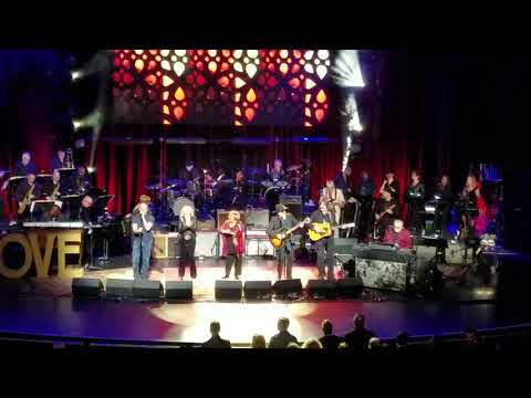 The Weight - Marc Cohn, Larry Campbell, Amy Helm, more,  - Love Rocks NYC - 3-15-18 - Beacon