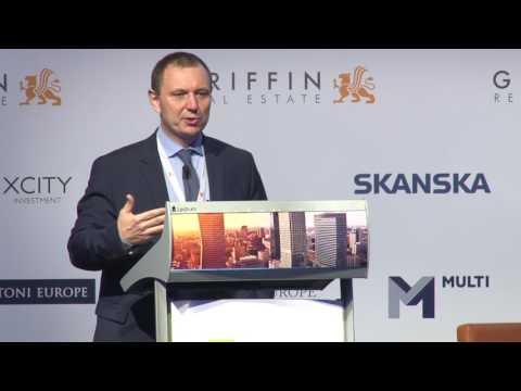 CEE Political & Economic Outlook - Keynote: Petr Zemcik, Moody's Analytics