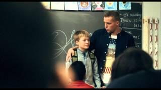 MGP Missionen (2013) Sawsan giver Karl en rundvisning på skolen