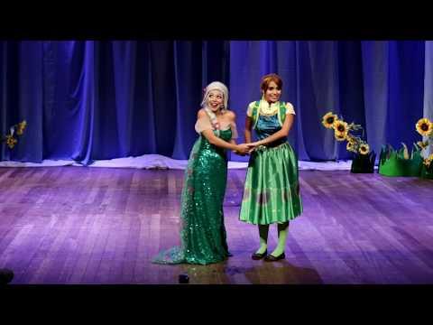 FROZEN FEVER Clipe Um dia perfeito no teatro AO VIVO EM CAXIAS   Making Today A Perfect Day