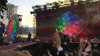 Baixar Coldplay - Opening intro at Gothenburg, Ullevi - A head full of dreams live