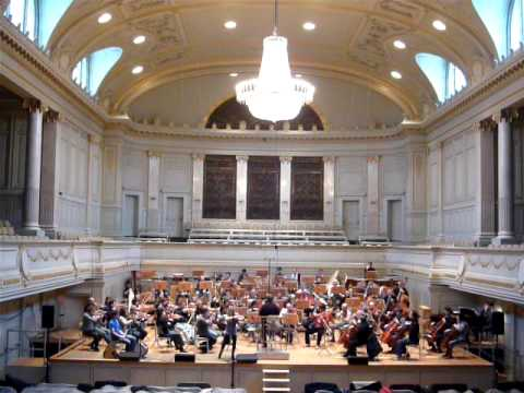 Mairead & Karl Nesbitt rehearsing with the Berne Symphony Orchestra 123109