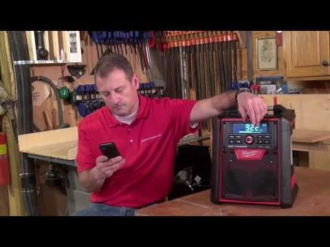 Milwaukee M18 Jobsite Radio and Charger 2792-20