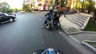 Уход от полиции на скутерах (Мотобат)