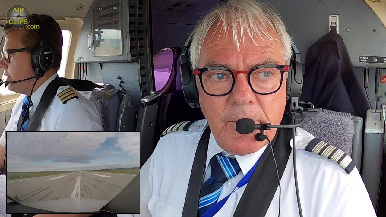 Captain Edward's LOVELY Jetstream 32 Landing in Stuttgart! [AirClips]