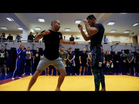 Artem Lobov visits Moscow to train Russian Special Forces
