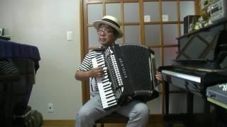 「つかこうへい」さん原作の映画「蒲田行進曲」アコーディオンで弾いて...