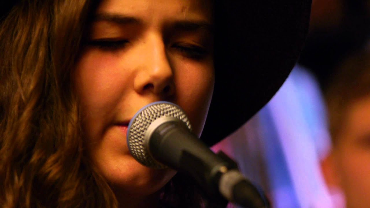Of Monsters and Men - Love Love Love (Live on KEXP) - YouTube
