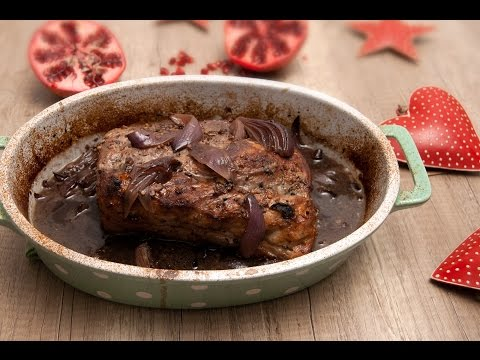 Enamelware.Cooking - Recipe: Festive seasoned roast pork with red onions and wine