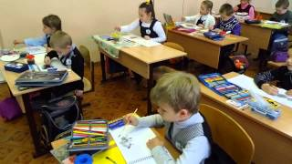 """Урок рисования в 1 классе """"Ёжик"""""""
