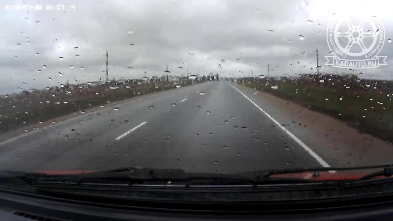 Некрасивый обгон на дороге Калининград-Озерки.15.04.17
