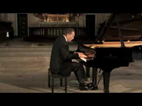 Sergei Rachmaninov: Prelude in C sharp minor, Op. 3/2