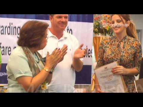 NOTICIA. ONGD REMAR FILIPINAS - Recibe un Certificado de honor.