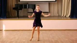Джайв танцуют дети  Девочки соло