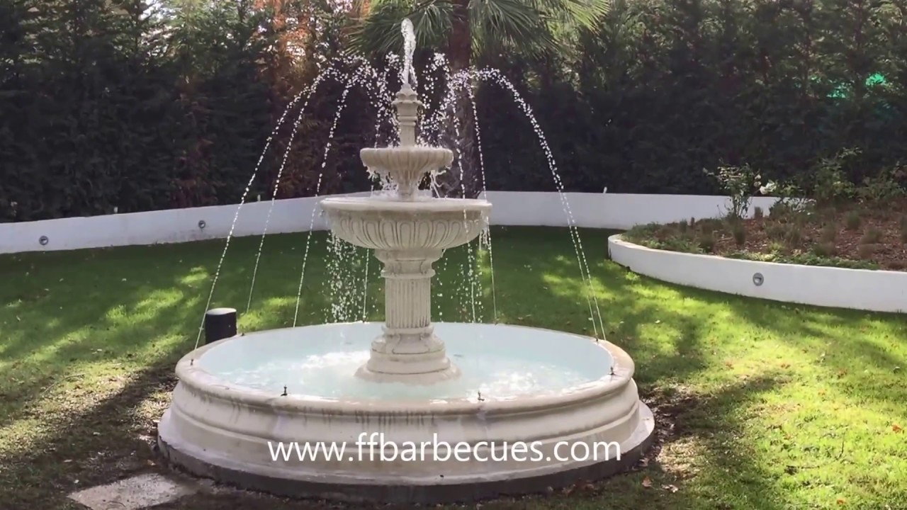 fabriquer une fontaine de jardin jardins aquatiques with fabriquer une fontaine de jardin. Black Bedroom Furniture Sets. Home Design Ideas