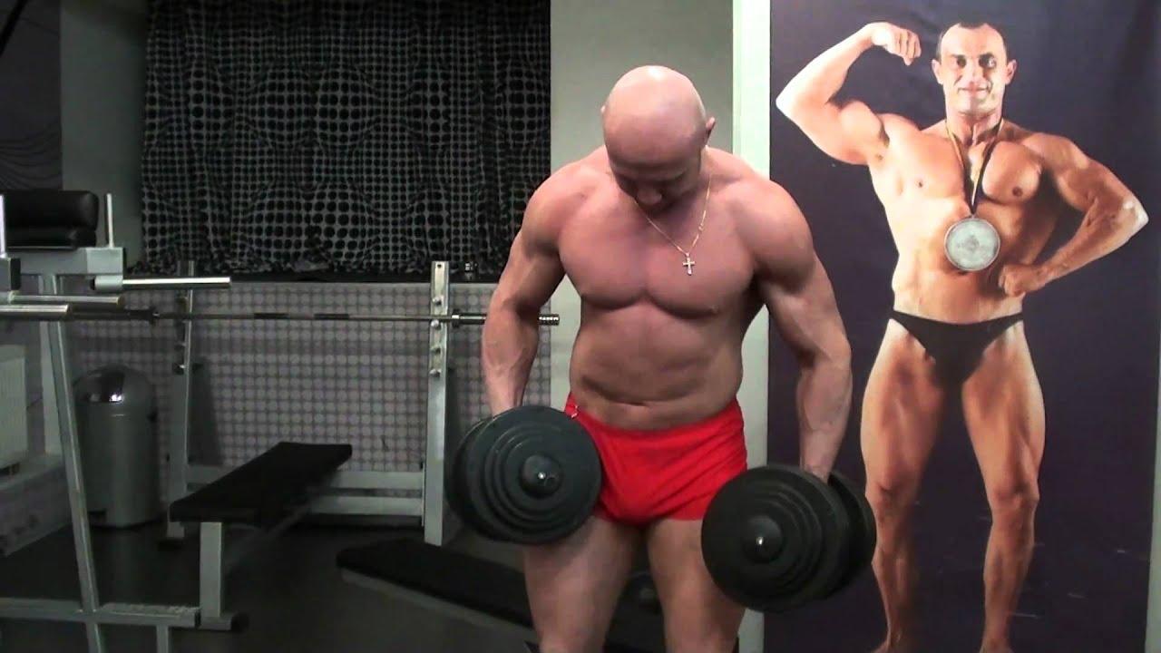 Упражнения для плеч: Как накачать плечи читингом. Силовые ...