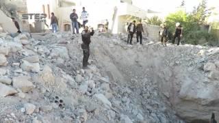 Боевики засняли огромную воронку от бомбы КАБ-1500