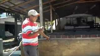 TRAILER OFICIAL I AM HAPPY FINCA SANTA CLARA ANTIGUA