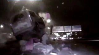 Водитель врезался в бетонные блоки.. Смотреть срочно!!.(, 2013-12-26T13:28:52.000Z)