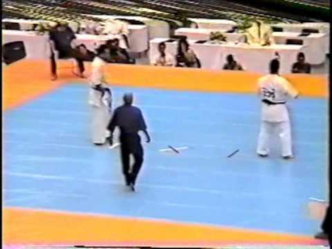 極真会館 2000年全日本ウェイト制大会 樋口恵士 2回戦 (Kyokushin 2000 All Japan Weight Categoly) 滋賀空手