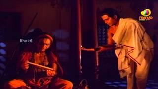Sri Mantralaya Raghavendra Swamy Mahatyam Scenes - Somayajulu making Rajnikanth his shishya