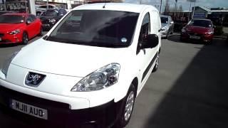 PV Review the all new Peugeot Partner van