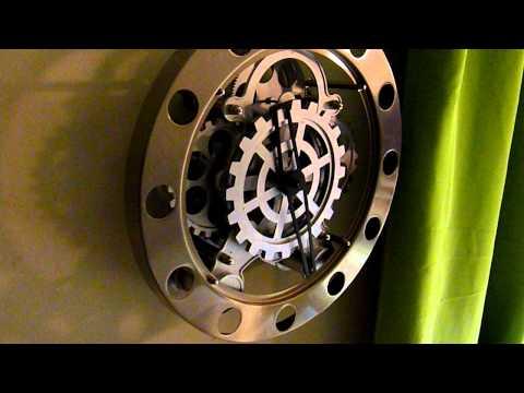Kikkerland Gear Wall Clock