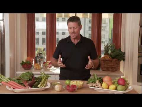 Joe Cross Discusses The Health Benefits of Juicing | Williams-Sonoma