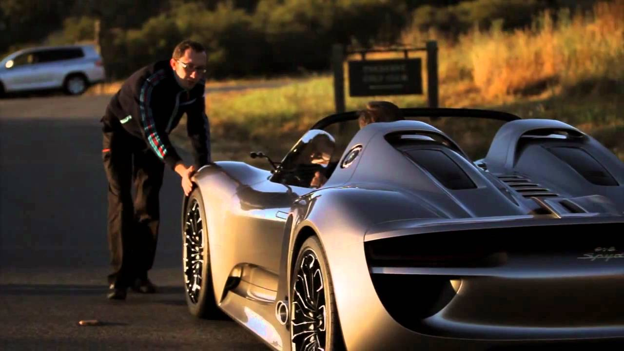Porsche 918 Spyder Hybrid Drives First Real Video Youtube
