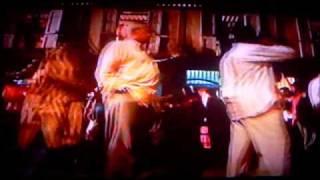 Slumdog Millionaire - Ringa Ringa - Finding Latika