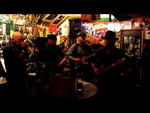 """Chicago Bytes..""""Down The Line""""..live@TheTrumpet 18th December 2011"""