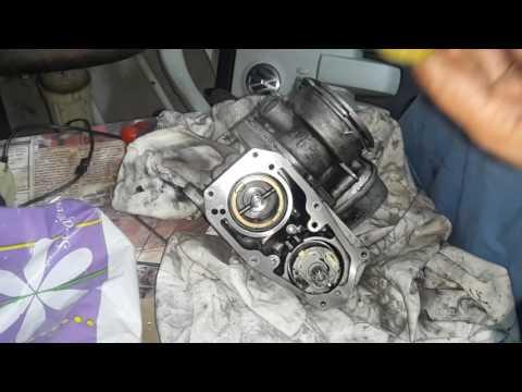 2.0 TDI BKP What's in the EGR / 2.0 ТДИ БКП Разглобяване и почистване на ЕГР клапан