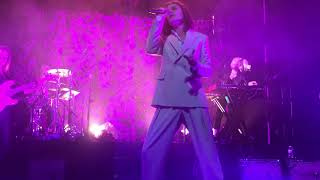 Børns - Tension/Holiday live at The Riv (January 27th, 2018)